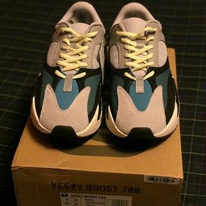 Authentic Adidas Yeezy 700 Boost